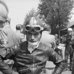 1952 Bern, Grand Prix – Guzzi works rider Bruno Ruffo getting prepared for the start in the 250cc class