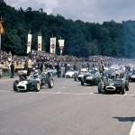 1960 Stuttgart, Grosser Preis der Solitude, Formel Junior – The two Lotus 18 of Trevor Taylor and winner Jim Clark with Juan Manuel Bordeu (Lola Mk2) in the starting line; photographed by Guido Weber, CH